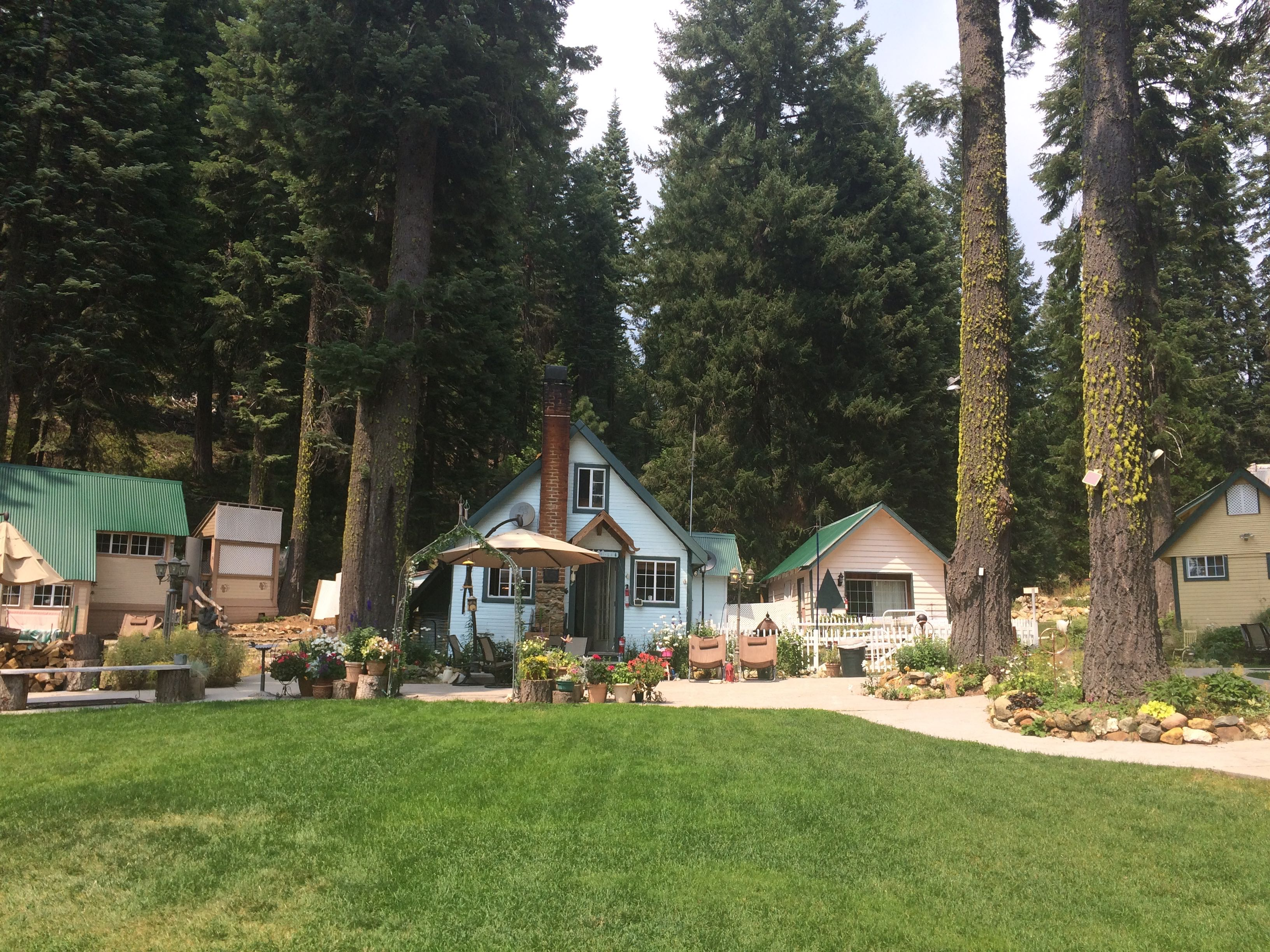 Lodging   Village Cabins   Private Mountain Cabins Central To All Northern  California Cabins.